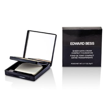 Edward Bess Base Compacta en Crema Satín Puro - #01 Light