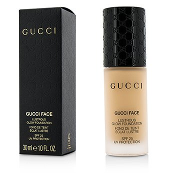 Gucci Lustrous Glow Foundation SPF 25 - #030 (Light)